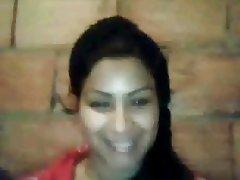 nadia ezzahi