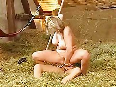 Serena Leonidas Anal 3way in Barn