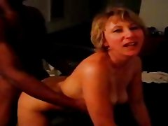 Hubby films wife doing black