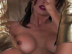 Golden Kayla Paige gets horny