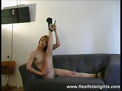 Flexi fetish girl spreading