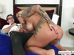 Stacked MILF Ryan Conner has no rivals when it comes to oral sex