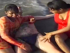 lucky man enjoys a indian sex orgy on the beach with two desi teens