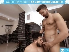 VRBGay.com Handsome guys in hot Valentine's Day threesome