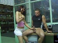 Sexy Gigi performs teasing handjob