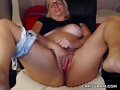 Beauty Curvy Milf Is Having Fun All By Herself