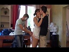 Arabe tres chaude se fait 3 mecs !!!! French amateur