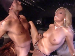 Diana Doll when her lover cum on her pussy after amazing sex