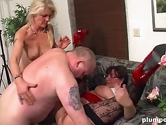 Two mature sluts sharing a fat dick and having a lot of fun