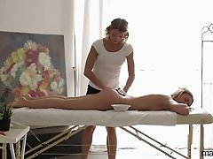 Hot massage and cool sex toys with Jessi Gold and Rita Rush