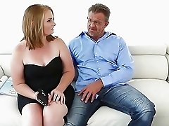 Sexy Cali Sparks sucking hard meat