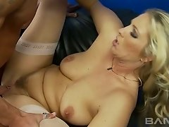 Kinky blond mommy with big titties Jordan Kingsley gets her kitty slammed in mish and cowgirl styles