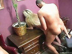 Buxom blondie gets her pussy fucked in missionary position