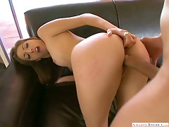 Bootyful sweetheart Jenna Haze jumps on dick and gets hammered doggy