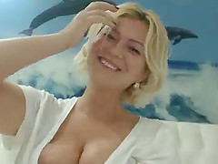 Kira Divines with big natural tits playing on cam for fun