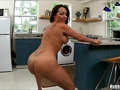 Slutty Big Butt Kitchen MILF
