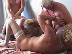 These cougars are very horny and can't wait to get penetrated!
