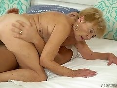 Granny Malya having her hairy pussy chewed and penetrated hard