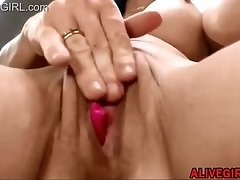 Blue eyed busty doll Littlelilly loves squirt deepthroat and anal